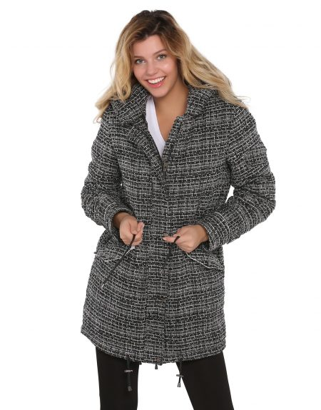 Black_And_White_Woman_Fabric_Parka
