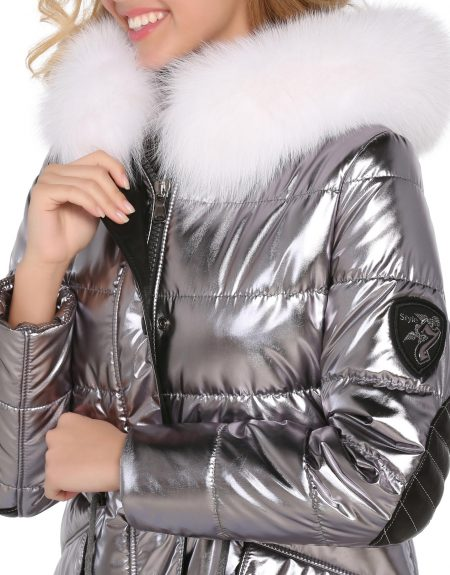 Metalic_Silver_Puffer_Woman_Jacket-With-Fur