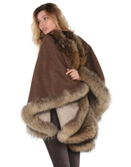 Woman_Two_Way_Brown_Cloak_With_Fur