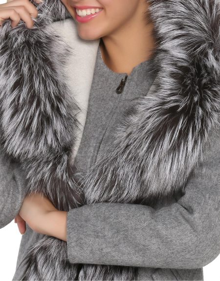 white_and_grey_women_alpaca_coat_with_long_fur__